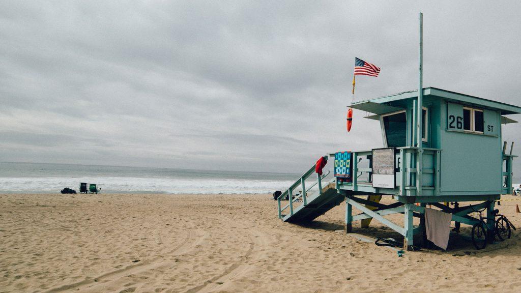 beach-sand-lifeguard