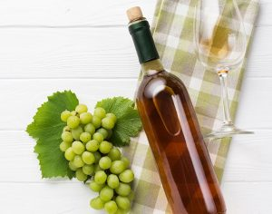 Sommelier Tips: Choosing Wine for a Dinner Party